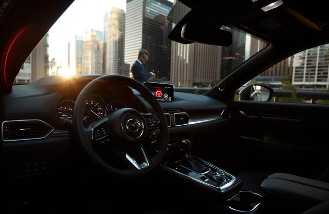 Mazda CX-8 Deluxe gia tăng sức nóng trong phân khúc SUV 7 chỗ - 5