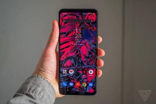 Asus ra mắt ROG Phone 5 với bộ nhớ RAM 18GB, mặt lưng màn hình LED - 1