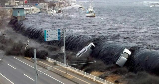 Sóng thần quỷ dữ ngày ấy và sự hồi sinh kỳ diệu của Nhật Bản - 1