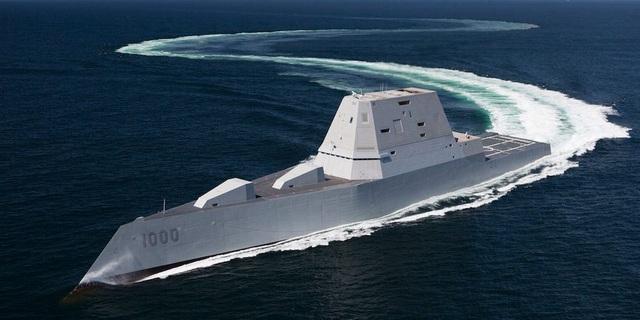 Tàu chiến tàng hình của Mỹ chịu được sóng cao 6m - 1