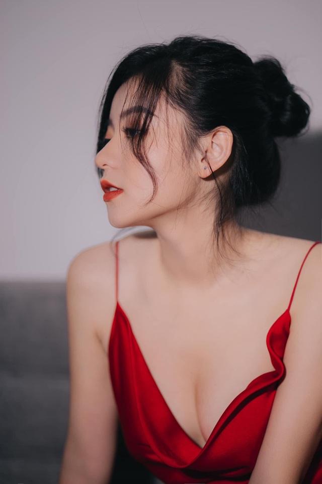 Những khuôn hình sexy mà không phản cảm của hot girl Lạng Sơn - 2