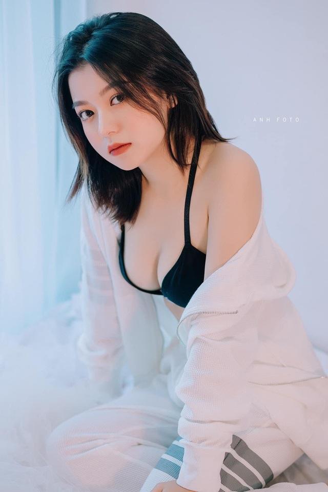 Những khuôn hình sexy mà không phản cảm của hot girl Lạng Sơn - 3