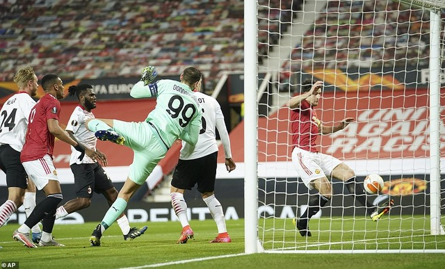 Maguire trở thành tội đồ trong ngày Man Utd bị AC Milan cầm hòa - 3