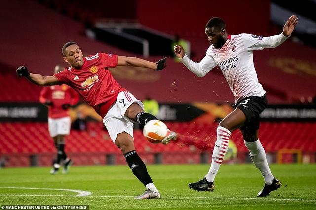 Maguire trở thành tội đồ trong ngày Man Utd bị AC Milan cầm hòa - 4