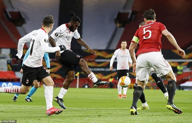 Maguire trở thành tội đồ trong ngày Man Utd bị AC Milan cầm hòa - 5