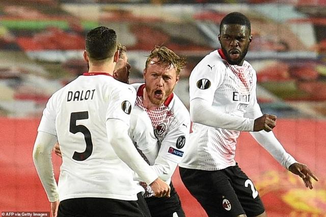 Maguire trở thành tội đồ trong ngày Man Utd bị AC Milan cầm hòa - 12