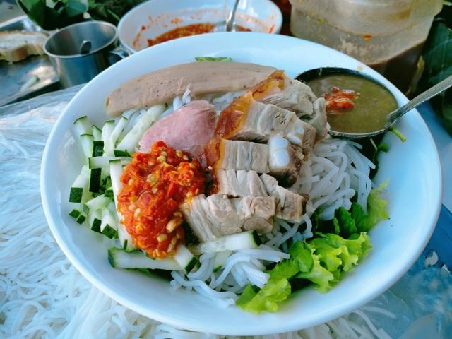 Mê mẩn với hương vị của món bún mắm nêm trứ danh ở Đà Nẵng - 3