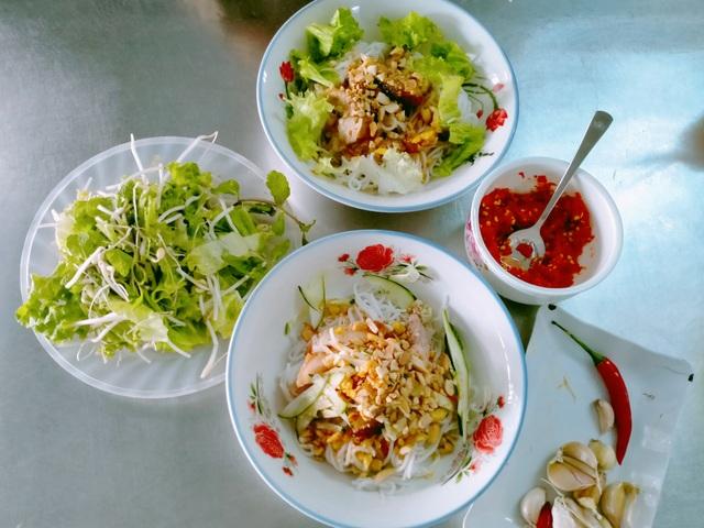 Mê mẩn với hương vị của món bún mắm nêm trứ danh ở Đà Nẵng - 7