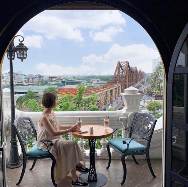 5 quán cà phê trên cao view cực chất cho cuối tuần lãng mạn tại Hà Nội - 2