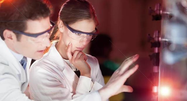 Các nhà khoa học Nga tìm ra cách chuyển đổi tiếng ồn thành điện năng - 1
