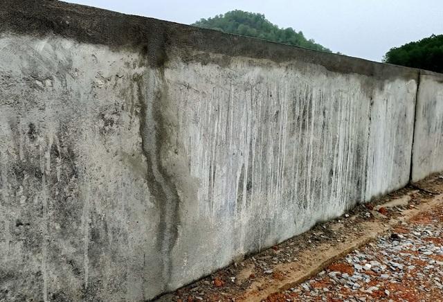 Đập vừa được đầu tư gần 9 tỉ đồng sửa chữa đã nứt - 4