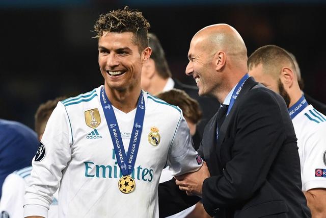 HLV Zidane nói gì trước thông tin C.Ronaldo trở lại Real Madrid? - 2