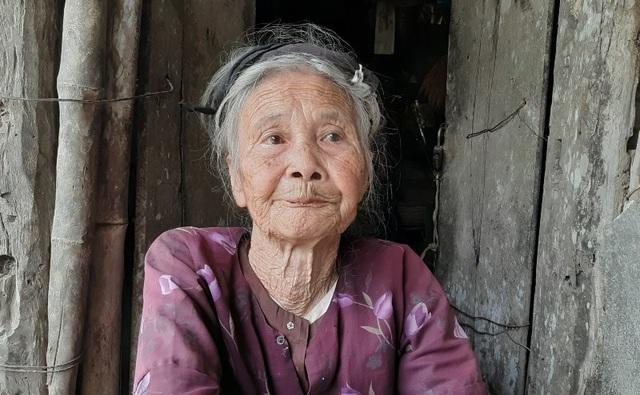 Cụ bà 91 tuổi cương quyết từ chối nhận hỗ trợ xây nhà mới - 1