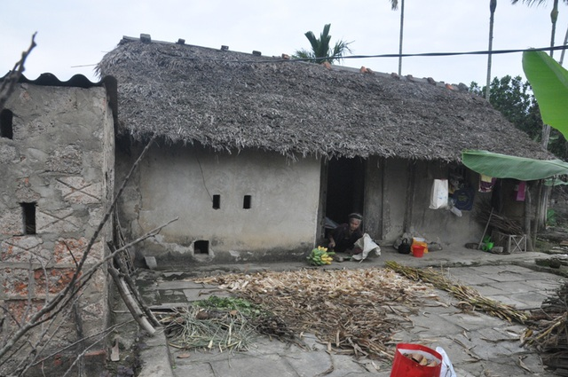 Cụ bà 91 tuổi cương quyết từ chối nhận hỗ trợ xây nhà mới - 2