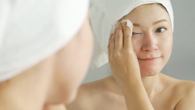 4 thói quen buổi sáng giúp bạn sở hữu làn da khỏe đẹp - 3