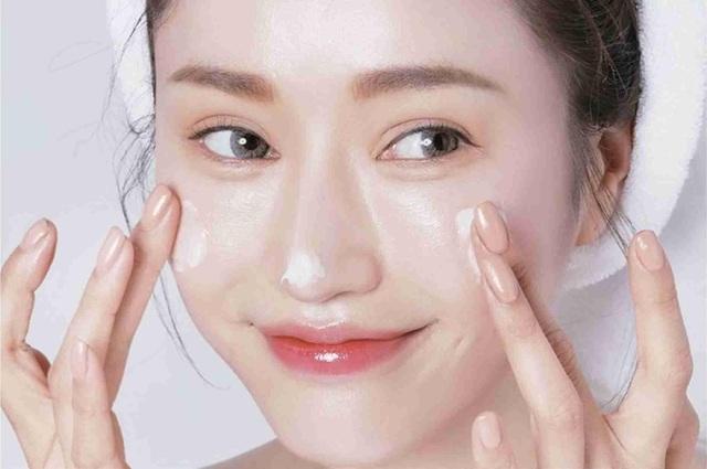 4 thói quen buổi sáng giúp bạn sở hữu làn da khỏe đẹp - 4
