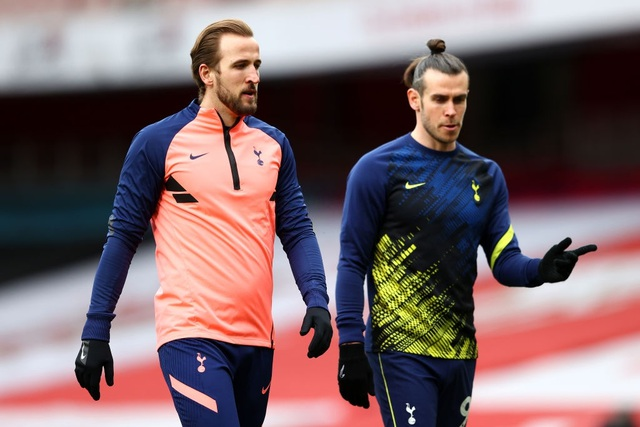 Arsenal 2-1 Tottenham: Lamela lập siêu phẩm Rabona và bị đuổi - 13