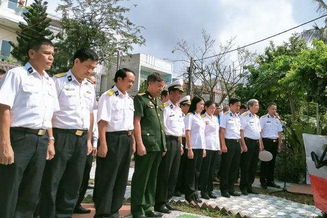 Xúc động lễ giỗ chung của 64 liệt sĩ Gạc Ma - 1