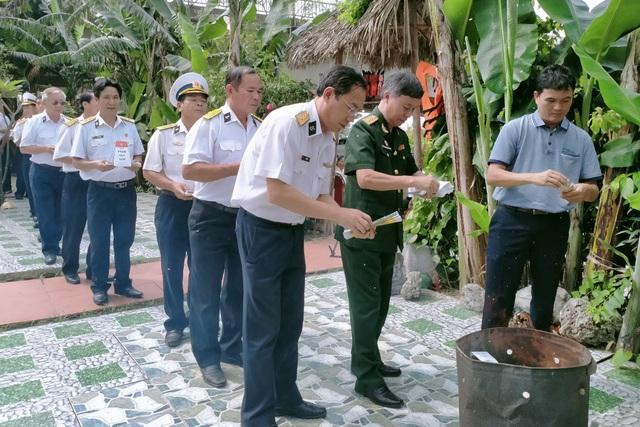 Xúc động lễ giỗ chung của 64 liệt sĩ Gạc Ma - 5