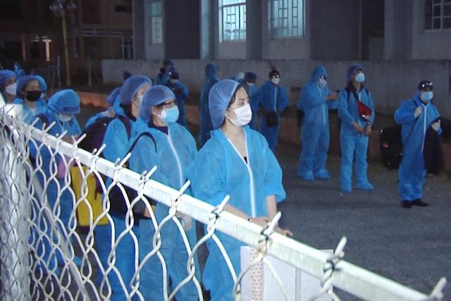 Tiếp nhận cách ly phòng dịch Covid-19 hơn 370 công dân về từ Hàn Quốc - 3