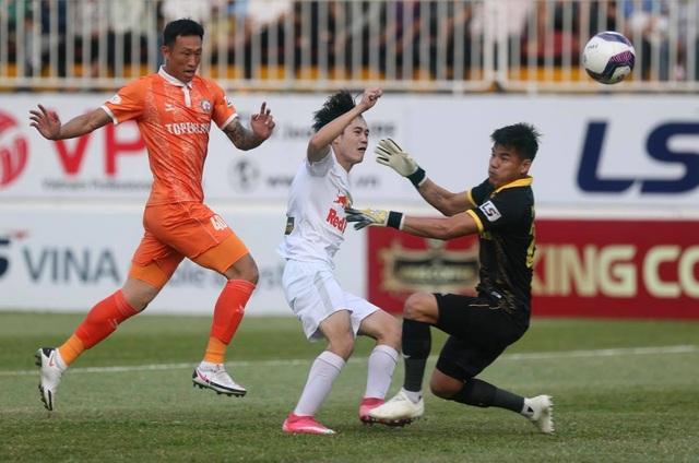 Thầy Park để ngỏ khả năng trở lại đội tuyển cho Anh Đức - 2