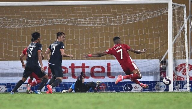 Quế Ngọc Hải tỏa sáng, CLB Viettel thắng trận đầu tay - 6