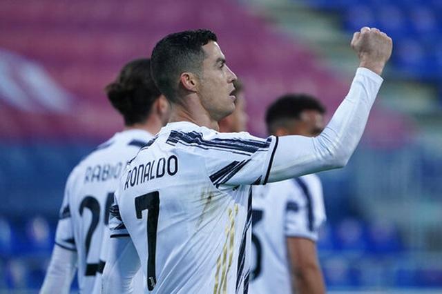 C.Ronaldo lập hat-trick chớp nhoáng, Juventus đại thắng rực rỡ - 5