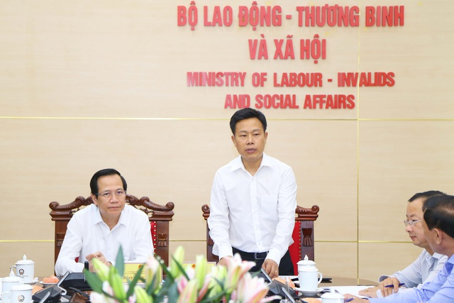 Bộ trưởng Đào Ngọc Dung: Cà Mau có thể là điểm sáng về BHXH tự nguyện - 2