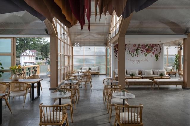 Quán cà phê xuyên thấu, khách vừa thưởng trà vừa chạm mây ở Đà Lạt - 5