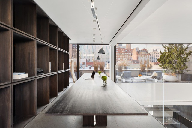 Căn penthouse mở hết cỡ với thiết kế lạ quanh khu vườn thiền - 2