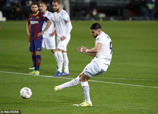 Messi lập cú đúp, Barcelona bám đuổi quyết liệt Atletico - 3