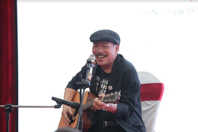 Nhạc sĩ Trần Tiến tiết lộ về ca khúc về mẹ bị cấm