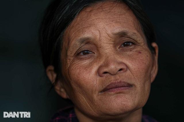 Nỗi đau của bà mẹ 14 con ở Hà Nội: Chồng mất, con đứa bệnh tật, đứa tù tội - 3