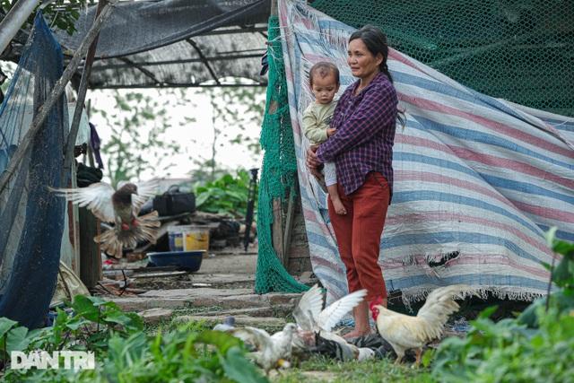 Nỗi đau của bà mẹ 14 con ở Hà Nội: Chồng mất, con đứa bệnh tật, đứa tù tội - 5