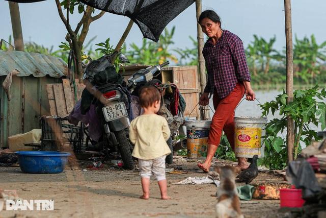 Nỗi đau của bà mẹ 14 con ở Hà Nội: Chồng mất, con đứa bệnh tật, đứa tù tội - 6