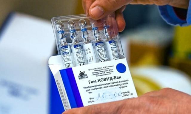 1.000 liều vắc xin Sputnik V đã về đến Việt Nam - 1