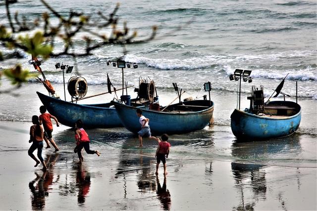 Ngư dân biển Quỳnh đi lộng cho thu nhập cao - 10