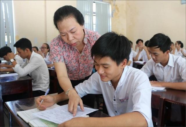 Bổ sung môn ngoại ngữ khi xét học sinh giỏi: Đánh giá năng lực toàn diện - 3