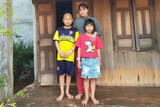 Chàng trai mắc bệnh hiểm nghèo: Con chết mẹ không có tiền mua quan tài đâu - 1