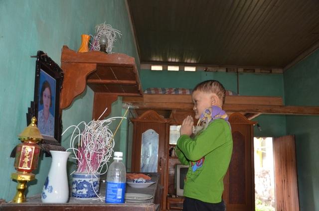 Rớt nước mắt cảnh cậu bé mồ côi mắc bệnh lạ, 7 tuổi vẫn không mọc răng - 4