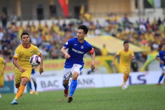 Văn Đức đá chính, SL Nghệ An lần đầu giành chiến thắng ở V-League 2021 - 3