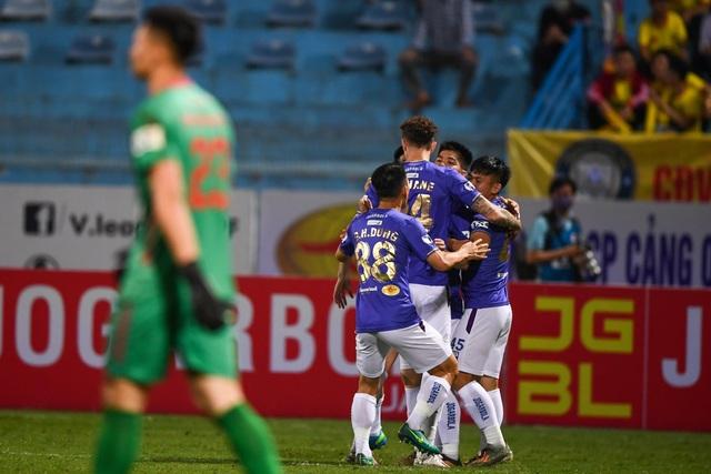 Quang Hải vắng mặt, CLB Hà Nội thắng kịch tính CLB Thanh Hóa - 1