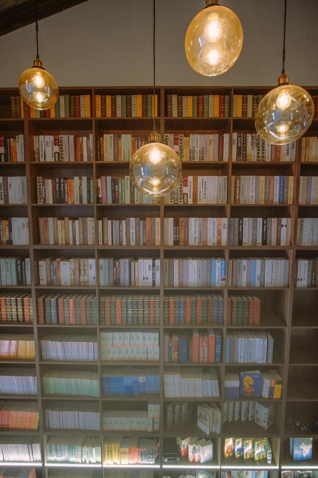 Quán cà phê cho những mọt sách ở Sài Gòn - 5