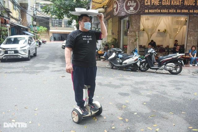 Quán phở Hà Nội ngày bán trăm bát nhờ màn giao hàng có một không hai - 1