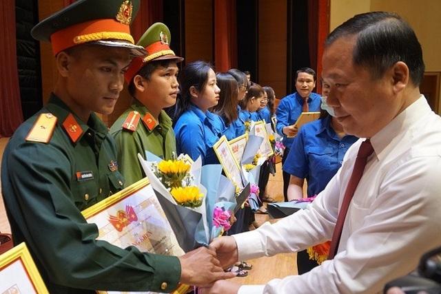 Chủ tịch tỉnh Bình Định: Tuổi trẻ phải dám ước mơ về những điều cao đẹp - 4