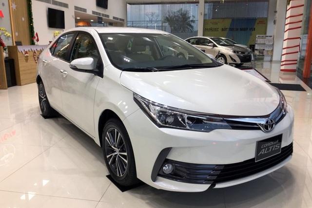 Toyota Việt Nam triệu hồi thêm 166 xe Corolla Altis để thay bơm xăng - 1