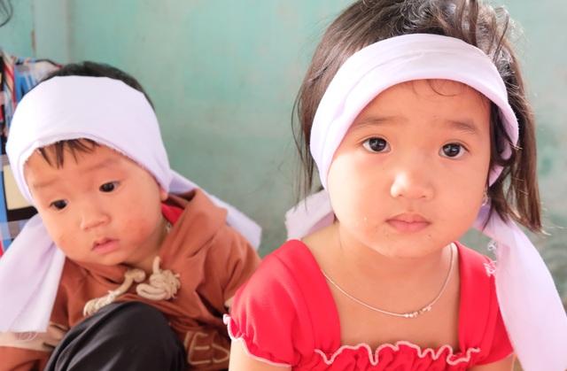 Thương hai đứa trẻ đến nao lòng trong vụ tai nạn mất đi người cha - 3