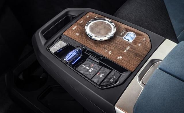 BMW iDrive 8 chính thức trình làng với màn hình cảm ứng siêu rộng - 2