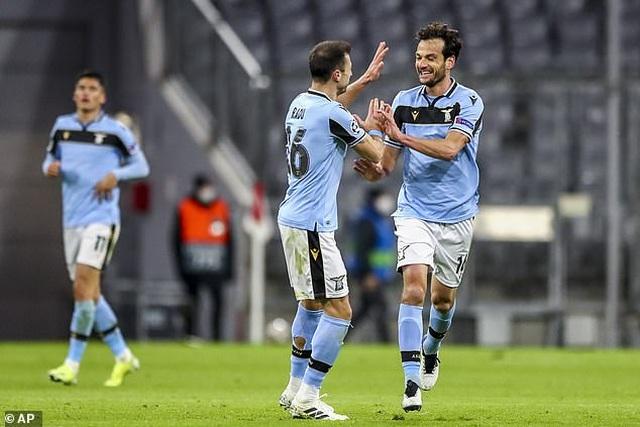Thắng chung cuộc Lazio 6-2, Bayern Munich tiến vào tứ kết Champions League - 5