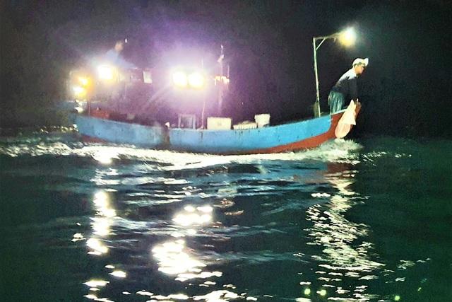 Ngư dân biển Quỳnh đi lộng cho thu nhập cao - 4